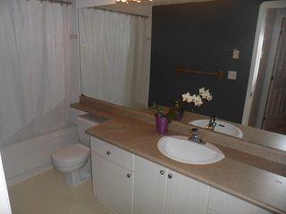 Photo 5: # 113 10188 155 ST in Surrey: Guildford Condo for sale (North Surrey)  : MLS®# F1320378