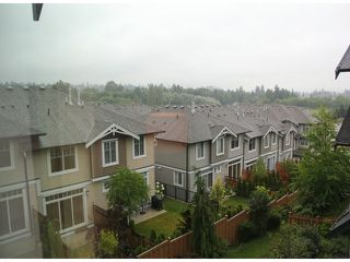 """Photo 7: 43 6299 144TH Street in Surrey: Sullivan Station Townhouse for sale in """"Altura"""" : MLS®# F1418552"""