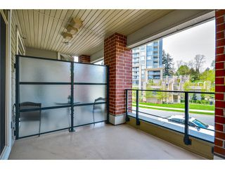 Photo 1: 202 285 Ross Drive in New Westminster: Fraserview NW Condo for sale : MLS®# V1062472