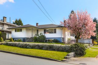 Photo 1: 932 Stardale av in Coquitlam: Coquitlam West House for sale
