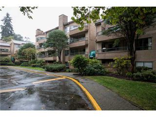 Photo 8: # 205 1750 AUGUSTA AV in Burnaby: Simon Fraser Univer. Condo for sale (Burnaby North)  : MLS®# V1121691