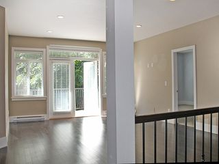 Photo 2: 3 2745 FULLER STREET in Abbotsford: Central Abbotsford Townhouse for sale : MLS®# R2029423