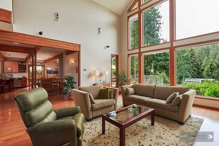 Photo 8: 1880 RIVERSIDE DRIVE in North Vancouver: Seymour NV House for sale : MLS®# R2072090