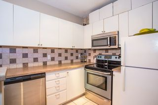 Photo 8: 605 1177 HORNBY STREET in Vancouver: Downtown VW Condo for sale (Vancouver West)  : MLS®# R2304699