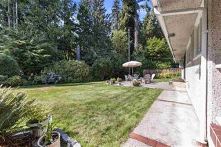 Photo 17: 4041 LIONS Avenue in North Vancouver: Forest Hills NV House for sale : MLS®# R2397426