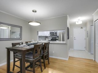 """Photo 8: 402 7077 BERESFORD Street in Burnaby: Highgate Condo for sale in """"City Club"""" (Burnaby South)  : MLS®# R2416735"""
