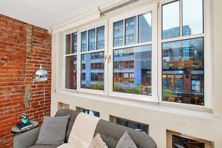 """Photo 17: 303 1072 HAMILTON Street in Vancouver: Yaletown Condo for sale in """"THE CRANDALL"""" (Vancouver West)  : MLS®# R2420588"""