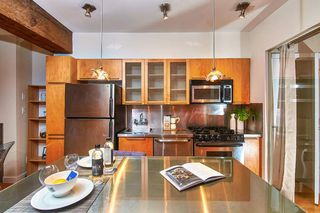"""Photo 9: 303 1072 HAMILTON Street in Vancouver: Yaletown Condo for sale in """"THE CRANDALL"""" (Vancouver West)  : MLS®# R2420588"""