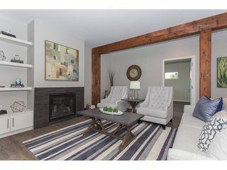 Photo 5: 11366-11370 MAPLE CRESCENT in Maple Ridge: Southwest Maple Ridge House for sale : MLS®# R2389937