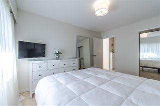 "Photo 7: 304 155 E 5TH Street in North Vancouver: Lower Lonsdale Condo for sale in ""WINCHESTER ESTATES"" : MLS®# R2434138"