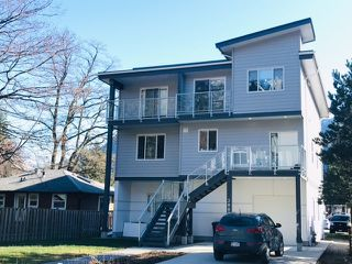 "Photo 1: 38033 SEVENTH Avenue in Squamish: Downtown SQ House 1/2 Duplex for sale in ""DOWNTOWN"" : MLS®# R2438415"