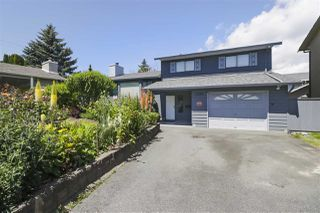 Main Photo: 6599 132A Street in Surrey: West Newton House for sale : MLS®# R2467035