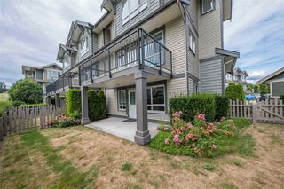 "Main Photo: 78 7848 170 Street in Surrey: Fleetwood Tynehead Townhouse for sale in ""VANTAGE"" : MLS®# R2483157"