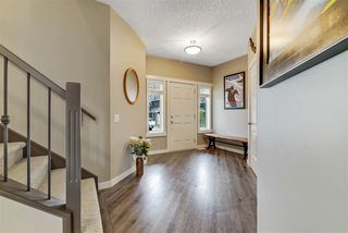 Photo 3: 2229 90A Street in Edmonton: Zone 53 House for sale : MLS®# E4216057