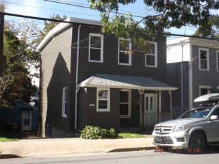 Photo 1: 1734 Preston Street in Halifax: 2-Halifax South Multi-Family for sale (Halifax-Dartmouth)  : MLS®# 202021205
