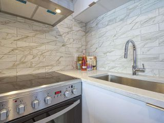 """Photo 5: 905 1250 BURNABY Street in Vancouver: West End VW Condo for sale in """"The Horizon"""" (Vancouver West)  : MLS®# R2525918"""