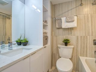 """Photo 16: 905 1250 BURNABY Street in Vancouver: West End VW Condo for sale in """"The Horizon"""" (Vancouver West)  : MLS®# R2525918"""