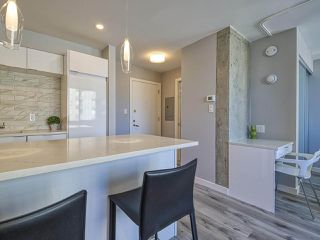 """Photo 4: 905 1250 BURNABY Street in Vancouver: West End VW Condo for sale in """"The Horizon"""" (Vancouver West)  : MLS®# R2525918"""