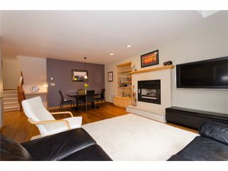 Photo 3: 2660 W 6TH Avenue in Vancouver: Kitsilano House 1/2 Duplex for sale (Vancouver West)  : MLS®# V932617