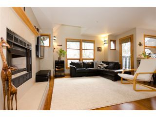 Photo 2: 2660 W 6TH Avenue in Vancouver: Kitsilano House 1/2 Duplex for sale (Vancouver West)  : MLS®# V932617