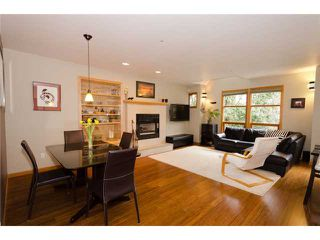Photo 1: 2660 W 6TH Avenue in Vancouver: Kitsilano House 1/2 Duplex for sale (Vancouver West)  : MLS®# V932617