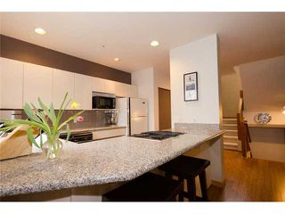 Photo 5: 2660 W 6TH Avenue in Vancouver: Kitsilano House 1/2 Duplex for sale (Vancouver West)  : MLS®# V932617