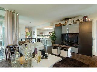 Photo 3: 402 1159 MAIN Street in Vancouver: Mount Pleasant VE Condo for sale (Vancouver East)  : MLS®# V944740