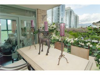 Photo 6: 402 1159 MAIN Street in Vancouver: Mount Pleasant VE Condo for sale (Vancouver East)  : MLS®# V944740
