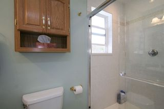 Photo 3: 11082 84A AV in Delta: Nordel House for sale (N. Delta)  : MLS®# F1202372