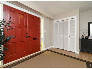 Photo 2: 6445 LYON RD in Delta: Sunshine Hills Woods House for sale (N. Delta)
