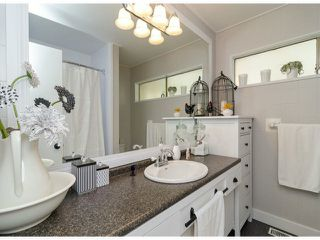 Photo 10: 6445 LYON RD in Delta: Sunshine Hills Woods House for sale (N. Delta)
