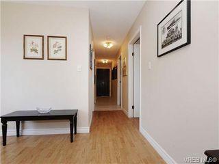 Photo 6: 304 928 Southgate St in VICTORIA: Vi Fairfield West Condo for sale (Victoria)  : MLS®# 677606