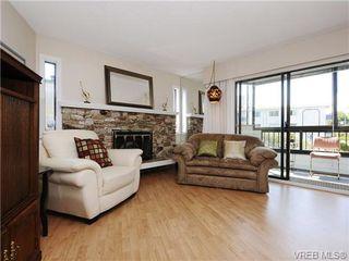 Photo 3: 304 928 Southgate St in VICTORIA: Vi Fairfield West Condo for sale (Victoria)  : MLS®# 677606