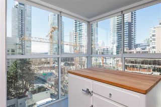 Photo 14: Vancouver West in Yaletown: Condo for sale : MLS®# R2069138