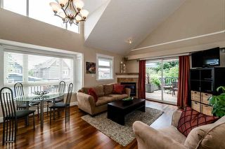 Photo 2: 5 227 E 11th Street in North Vancouver: Central Lonsdale Townhouse for sale : MLS®# R2074536