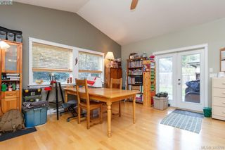 Photo 10: 2190 Longspur Dr in VICTORIA: La Bear Mountain House for sale (Langford)  : MLS®# 785727