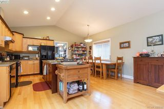 Photo 9: 2190 Longspur Dr in VICTORIA: La Bear Mountain House for sale (Langford)  : MLS®# 785727