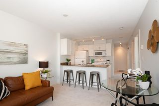 "Photo 3: 1219 933 HORNBY Street in Vancouver: Downtown VW Condo for sale in ""ELECTRIC AVENUE"" (Vancouver West)  : MLS®# R2396847"