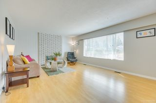 "Photo 38: 681 EASTERBROOK Street in Coquitlam: Coquitlam West House for sale in ""COQUITLAM WEST"" : MLS®# R2403456"