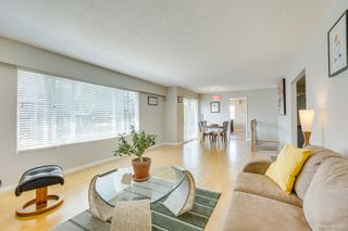 """Photo 39: 681 EASTERBROOK Street in Coquitlam: Coquitlam West House for sale in """"COQUITLAM WEST"""" : MLS®# R2403456"""