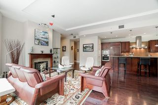 """Photo 9: 202 605 CLYDE Avenue in West Vancouver: Park Royal Condo for sale in """"The Watermark"""" : MLS®# R2457611"""