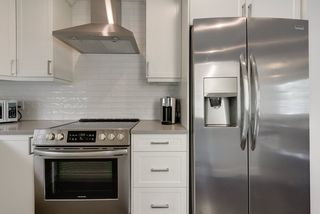 Photo 14: 7203 89 Avenue in Edmonton: Zone 18 House for sale : MLS®# E4198327