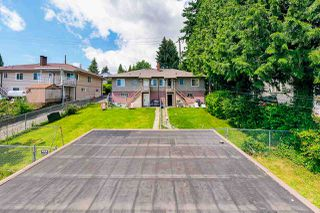 Photo 3: 42 - 44 TENTH Avenue in New Westminster: GlenBrooke North House for sale : MLS®# R2476324