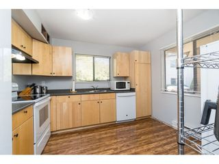 "Photo 9: 159 7269 140 Street in Surrey: East Newton Townhouse for sale in ""Newton Park"" : MLS®# R2504243"
