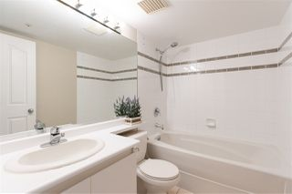 """Photo 17: 1101 183 KEEFER Place in Vancouver: Downtown VW Condo for sale in """"PARIS PLACE"""" (Vancouver West)  : MLS®# R2522486"""