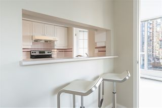 """Photo 5: 1101 183 KEEFER Place in Vancouver: Downtown VW Condo for sale in """"PARIS PLACE"""" (Vancouver West)  : MLS®# R2522486"""