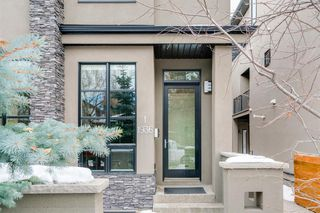 Photo 3: 1 1936 36 Street SW in Calgary: Killarney/Glengarry Row/Townhouse for sale : MLS®# A1058045