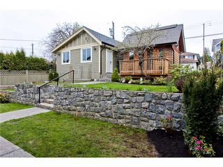Photo 3: 558 E 6TH Street in North Vancouver: Lower Lonsdale House for sale : MLS®# V958843