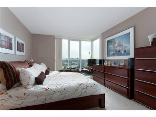 "Photo 9: 2105 120 MILROSS Avenue in Vancouver: Mount Pleasant VE Condo for sale in ""BRIGHTON"" (Vancouver East)  : MLS®# V974250"