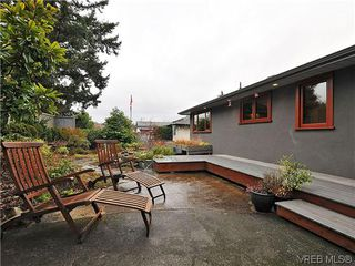 Photo 19: 1947 Runnymede Avenue in VICTORIA: Vi Fairfield East Residential for sale (Victoria)  : MLS®# 318196